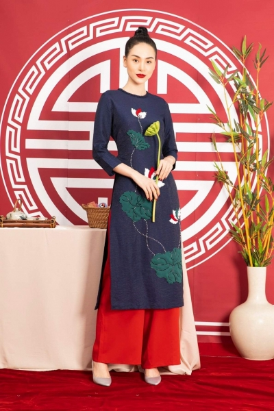 Áo dài cách tân nữ họa tiết hoa sen nổi -sang trọng