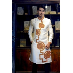 Áo dài cách tân nam màu trắng họa tiết vẽ tay truyền thống