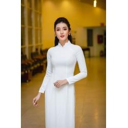 Áo dài truyền thống màu trắng cổ sóng